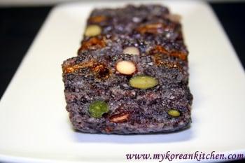 Glutinous Black Rice Cakes