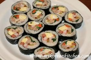 Tuna Kimbap (Chamchi Kimbap)