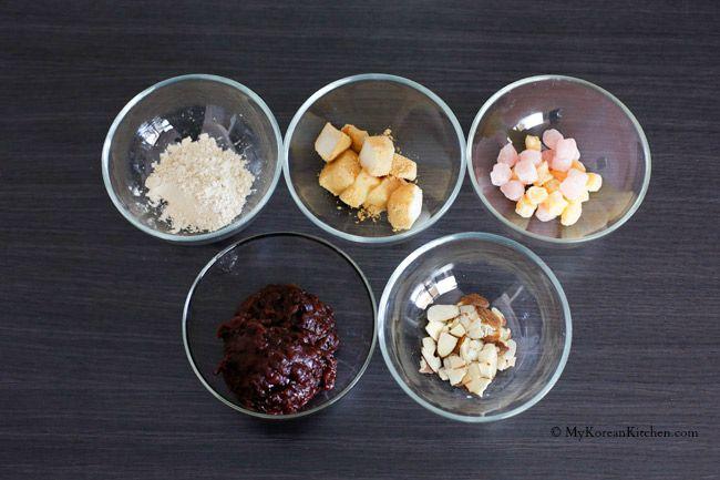 Korean Milk Ice Sorbet: Injeolmi Bingsu - A perfect Korean summer dessert. Loaded with delicious dessert toppings!   MyKoreanKitchen.com