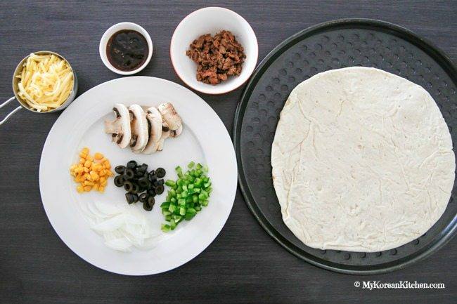 Bulgogi Pizza | MyKoreanKitchen.com