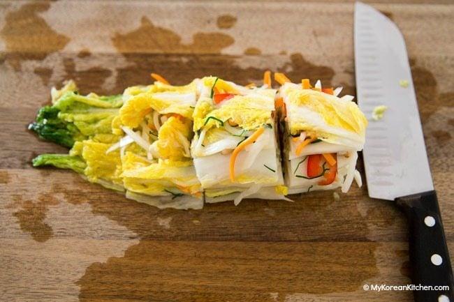 Slicing white kimchi (baek kimchi)
