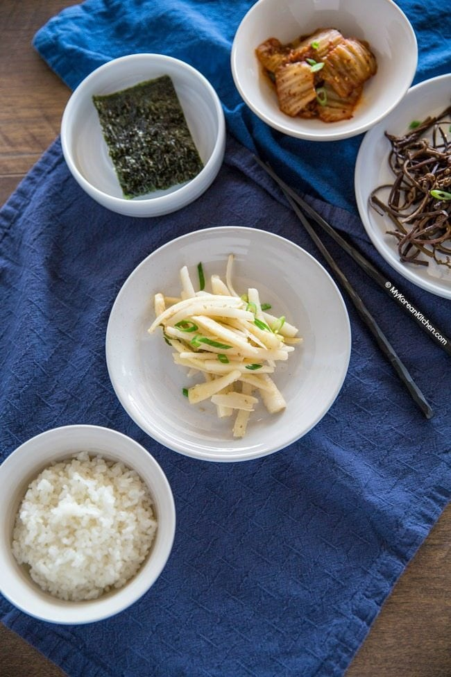 How to Make Doraji Namul (Korean Bellflower Root Side Dish) | MyKoreanKitchen.com
