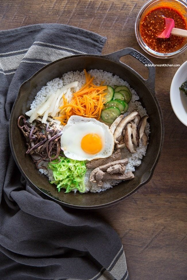 Dolsot bibimbap made easy! How to make bibimbap in a cast iron skillet | MyKoreanKitchen.com