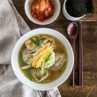 Manduguk (Korean dumpling soup) | MyKoreanKitchen.com