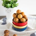 Korean walnut pastry (Hodugwaja)